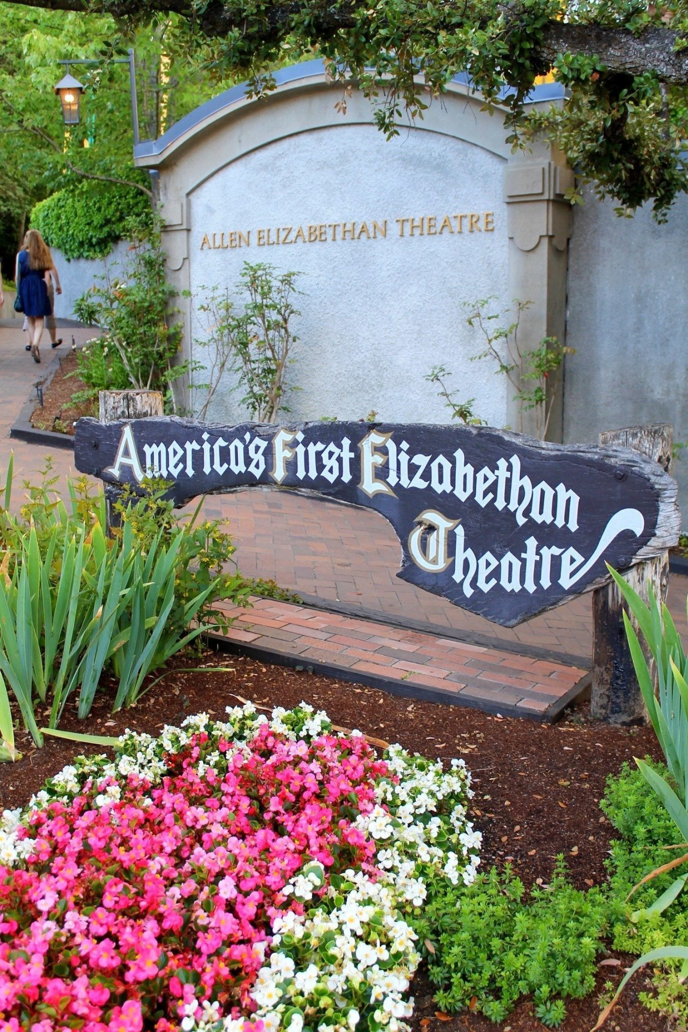 Oregon-Shakespeare-Festival-Elizabethan-Theatre-Ashland