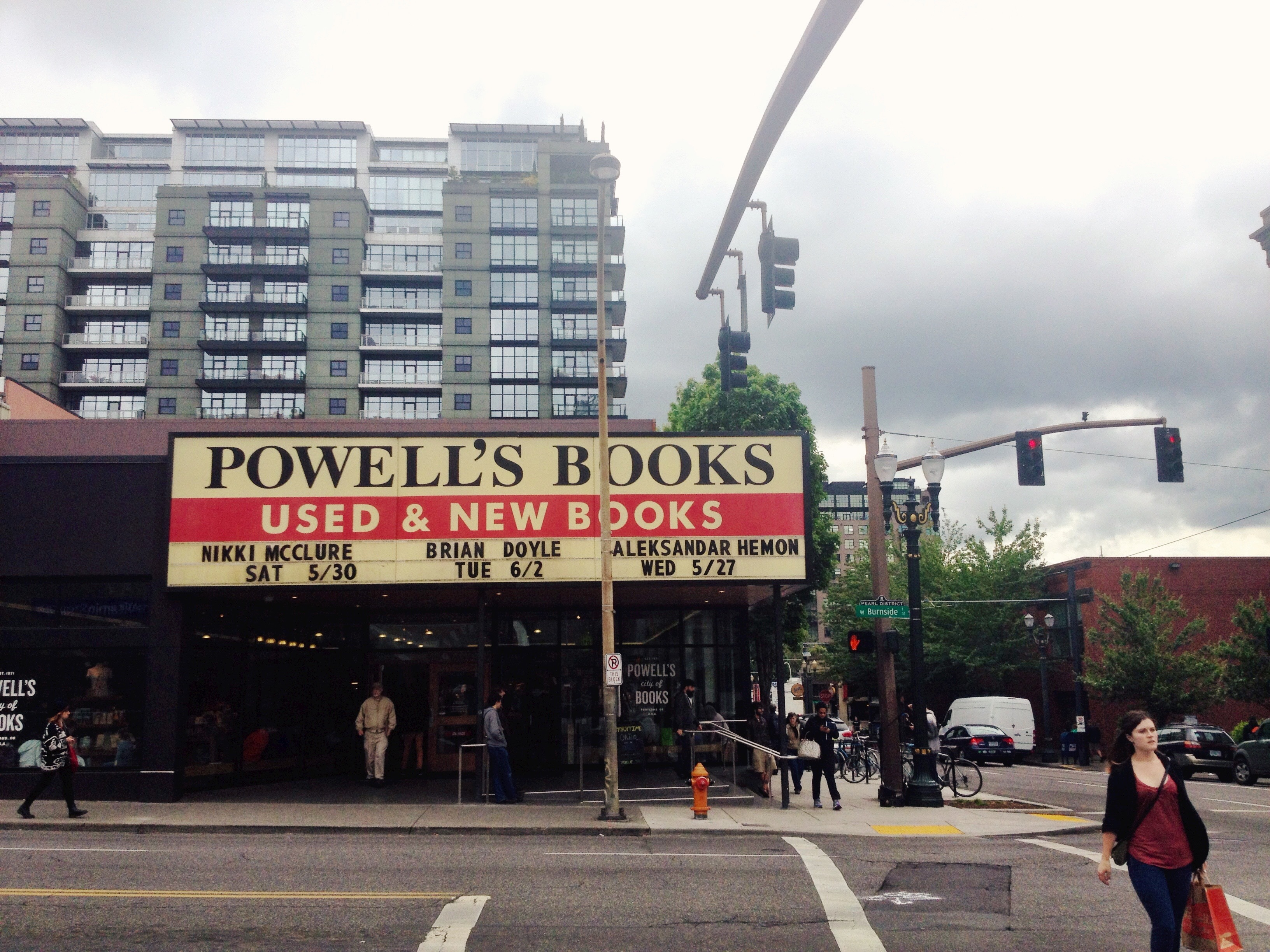 Powell's City of Books - Portland, Oregon
