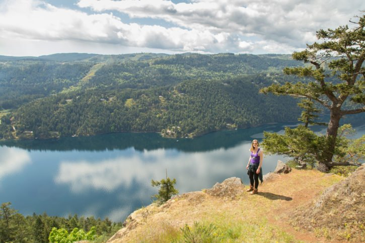 hike-victoria-adventure-canada-british-columbia-travel