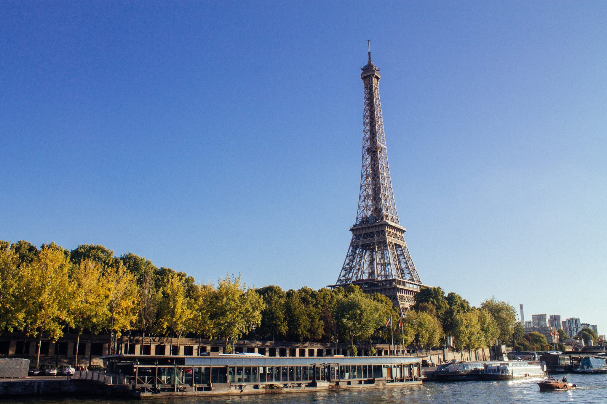 30 Thoughts That Went Through My Head in Paris, France | Europe Travel