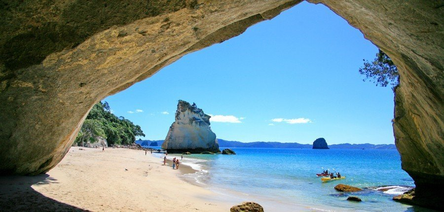 Cathedral Cove. Photo Cred: http://www.seakayaktours.co.nz