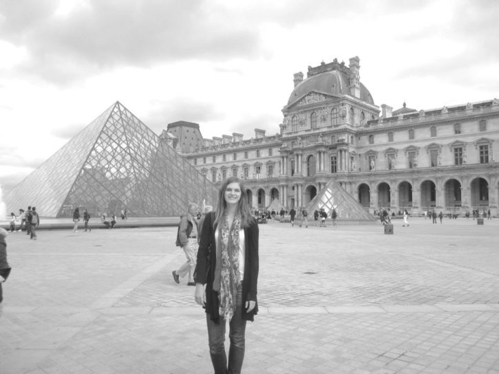 Solo female travel in Paris, France