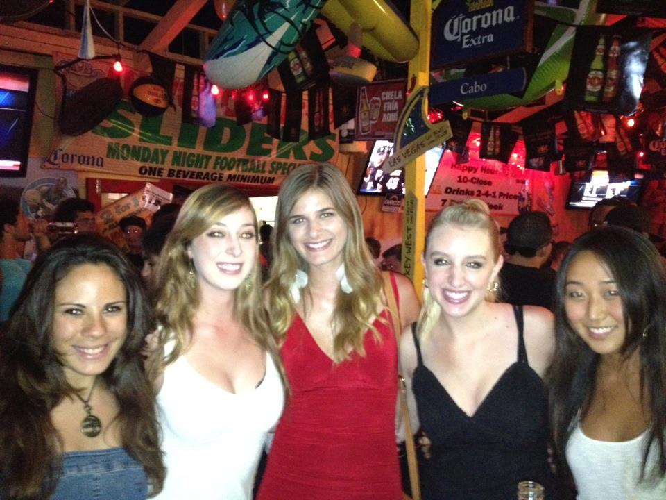 Things to do in san diego at night - taco Tuesday in Pacific Beach