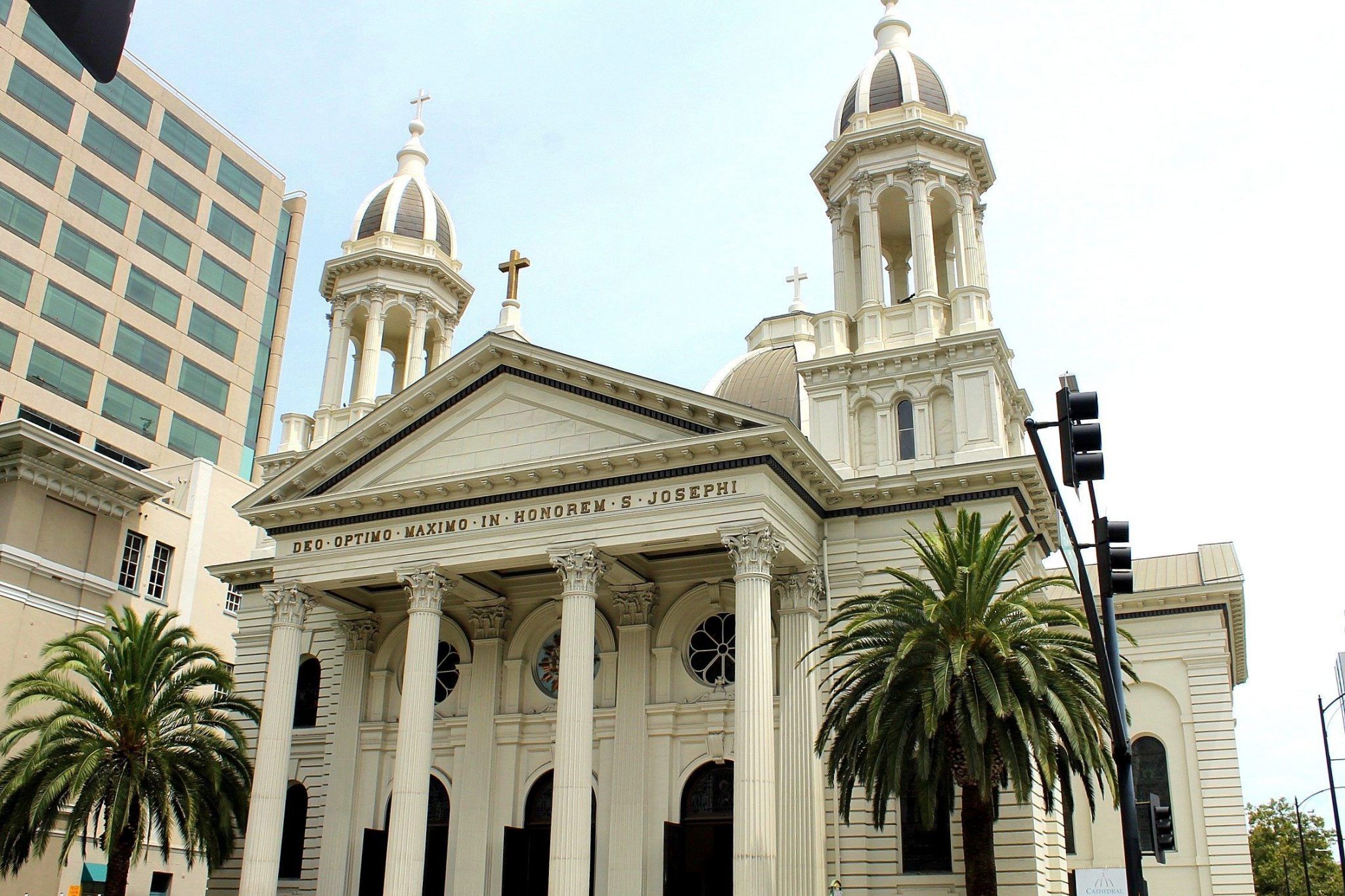 How to Spend a Day in San Jose, California | Cathedral Basilica of St Joseph | Downtown San Jose Attractions