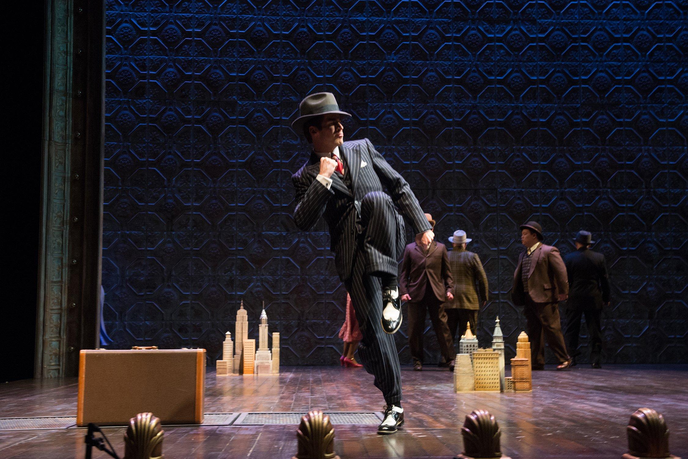 Oregon-Shakespeare-Festival-Guys-And-Dolls-Sky-Masterson