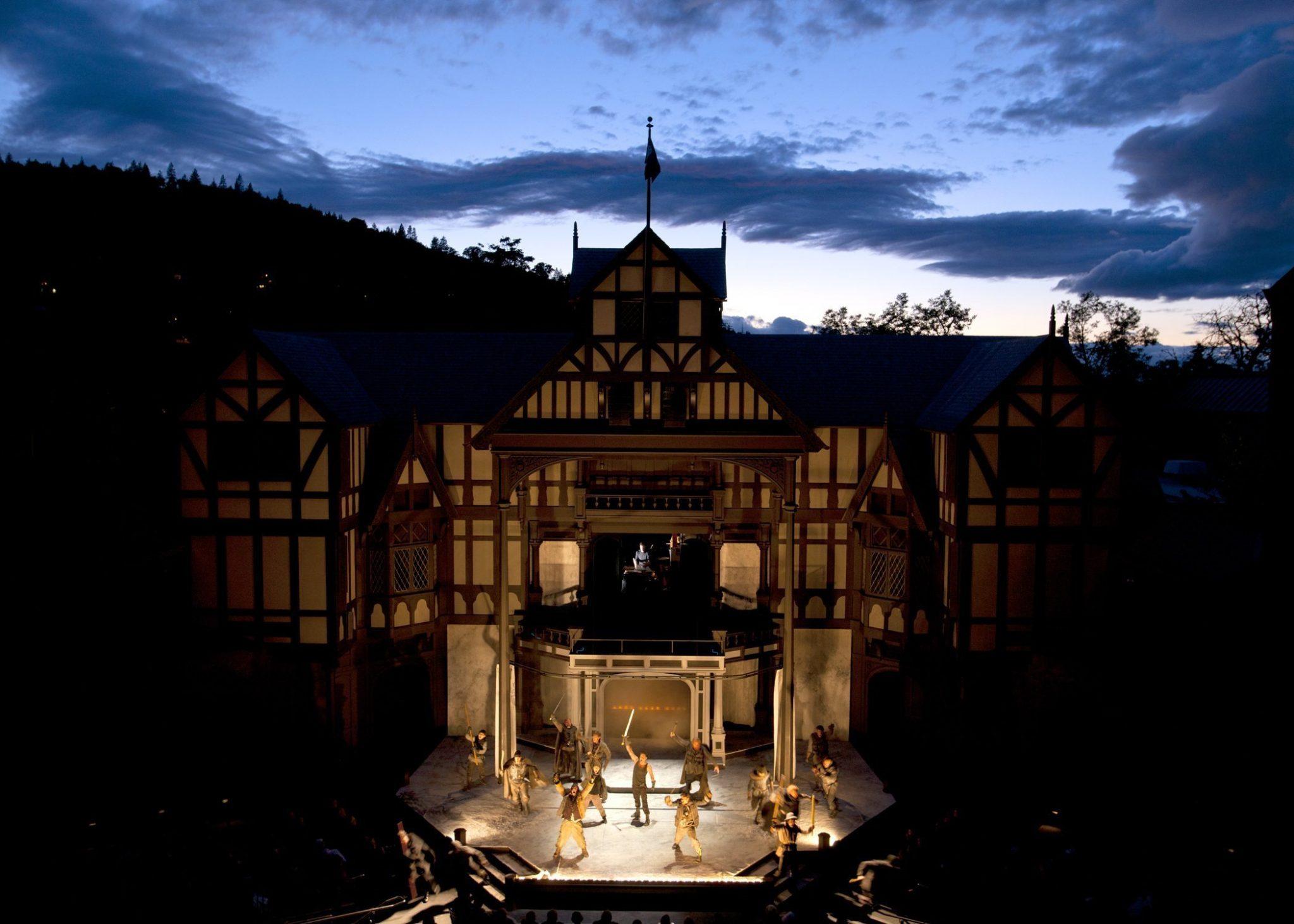 Oregon-Shakespeare-Festival-Elizabethan-Stage-Ashland