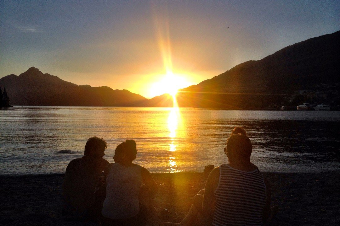 Sunset in Queenstown, New Zealand | things to do in queenstown for free
