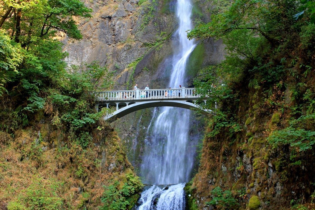 Multnomah Falls | Columbia River Gorge | waterfalls near Portland Oregon