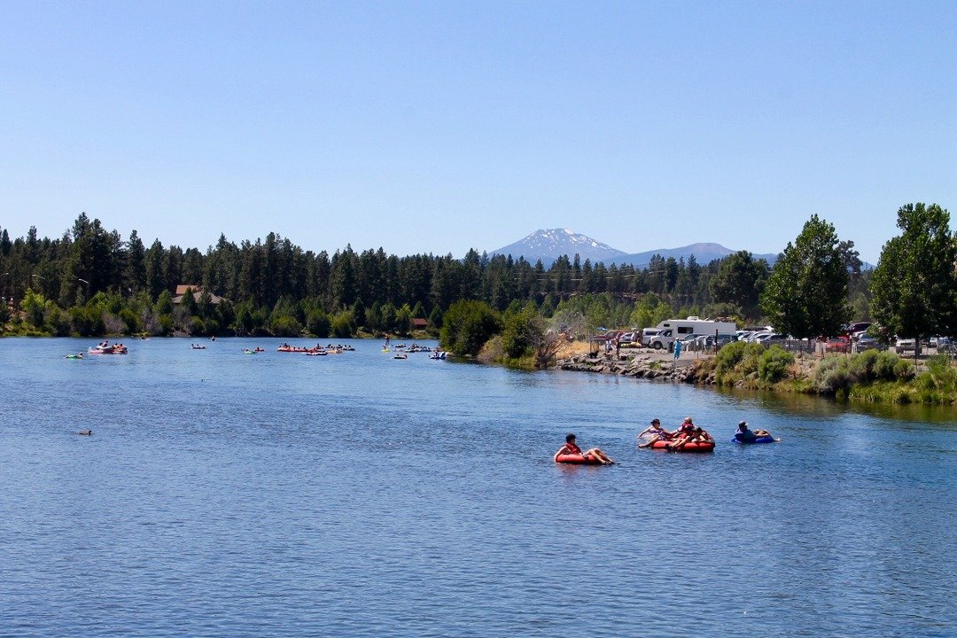 Outdoor activities - Tubing Bend, Oregon