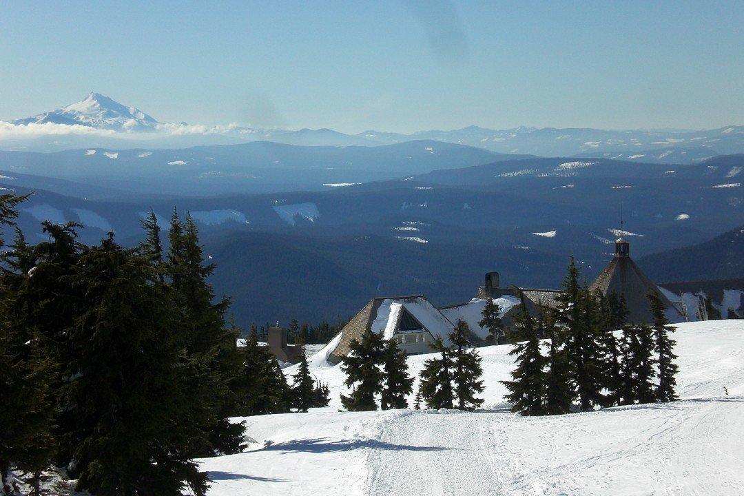 Timberline Lodge Oregon - Snowshoeing in Oregon, Portland in Winter