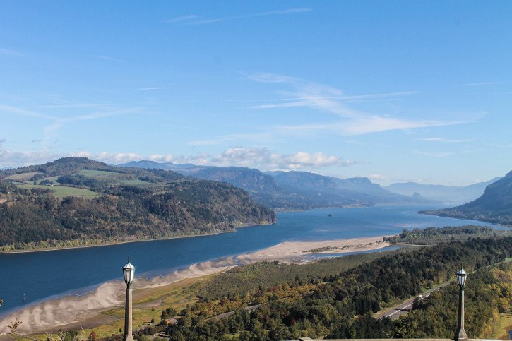 Vista Point in the Columbia River Gorge - The Fruit Loop Tour