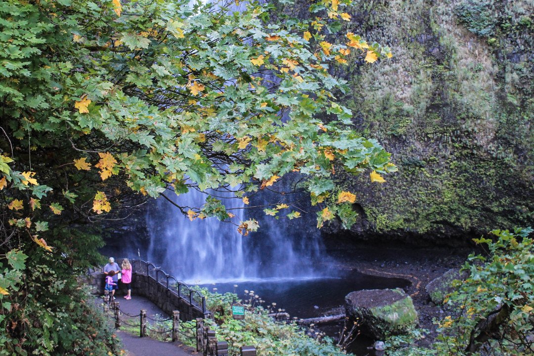 Multnomah Falls - The Fruit Loop Tour - Portland day trip itinerary