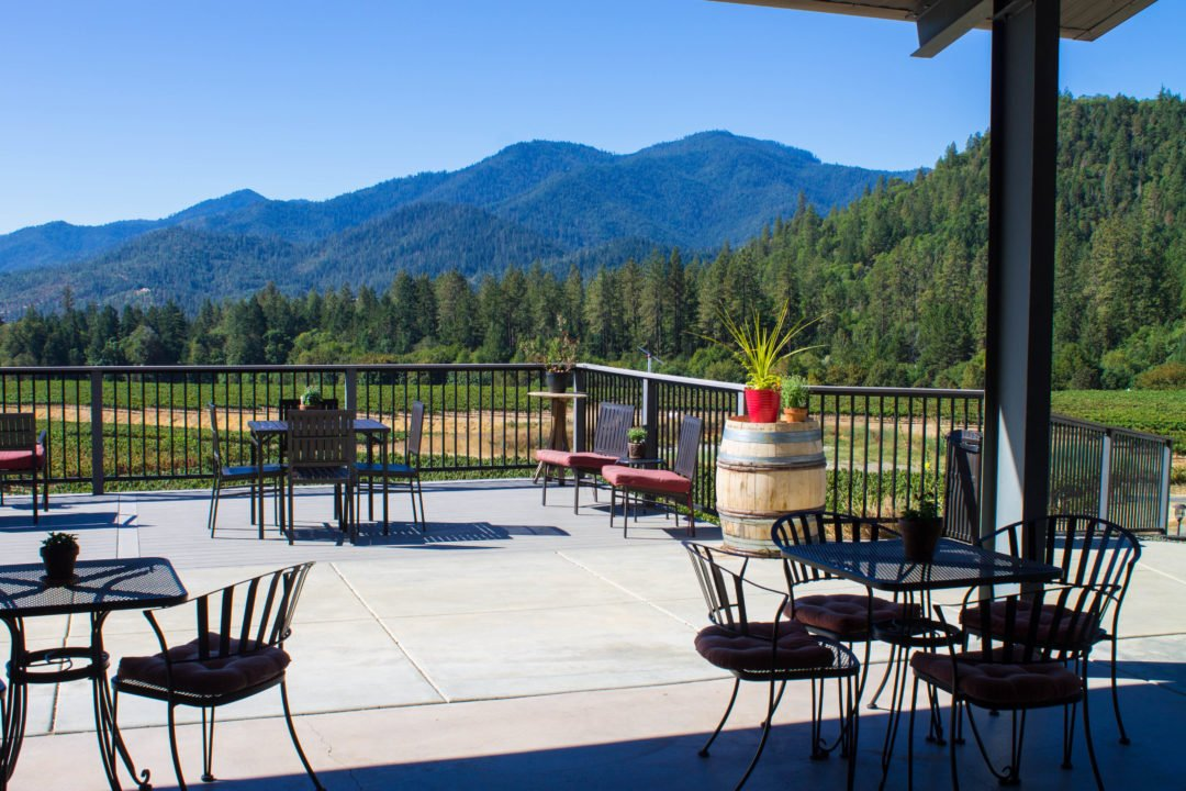 Grants Pass, cities in Southern Oregon - Serra Vineyard