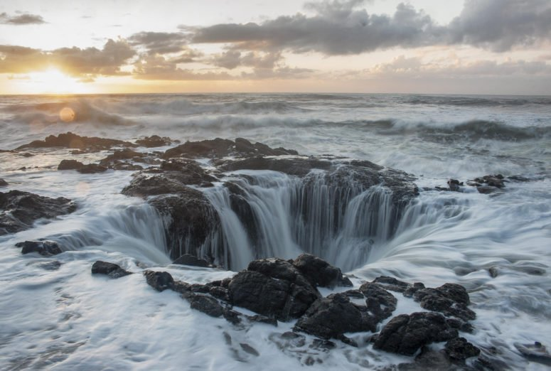 Thor's Well at Cape Perpetua - Oregon coast drive attractions