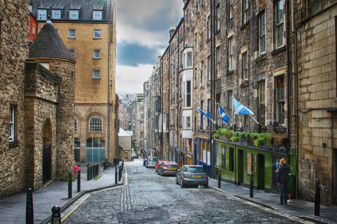Christmas in Edinburgh, Scotland - USA Travel