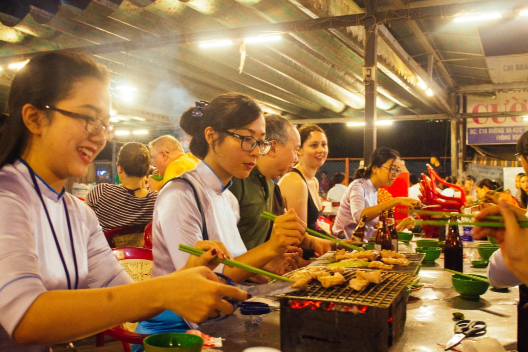 Saigon street food tour - XO Tours