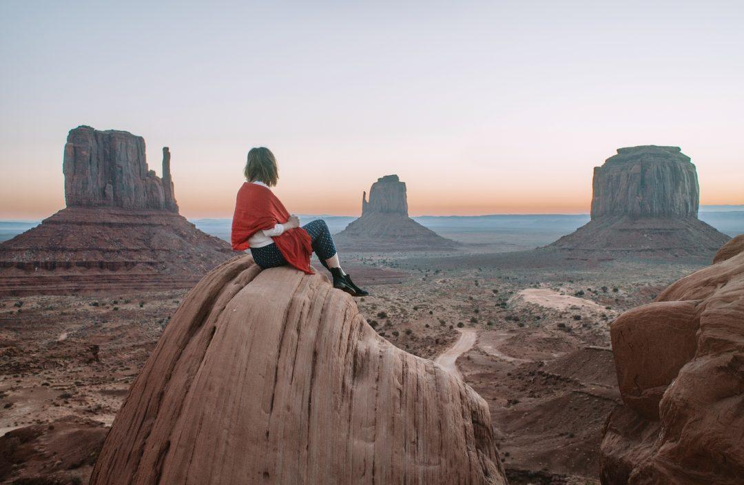 Arizona hiking Monument Valley