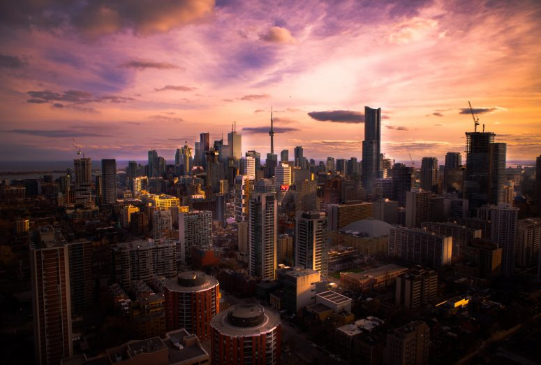 where to stay in toronto, canada - neighborhood guide