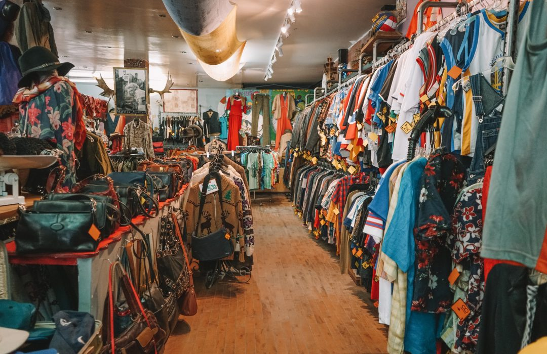 free things to do in montreal - thrift store shopping in le plateau
