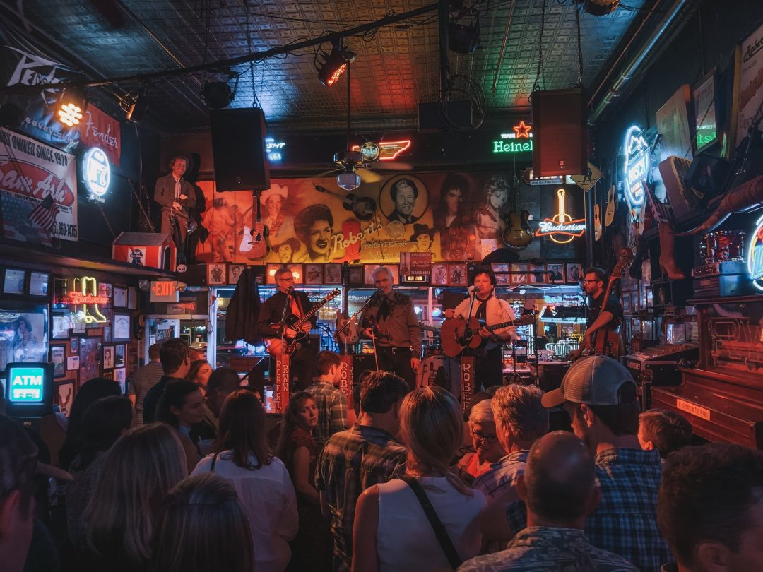 where to stay in nashville neighborhood guide