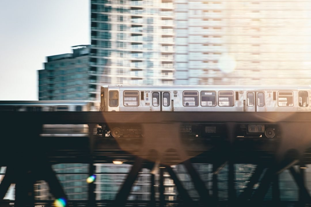 how to get around chicago - public transit