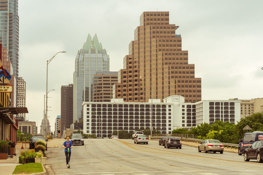 how to get around austin texas