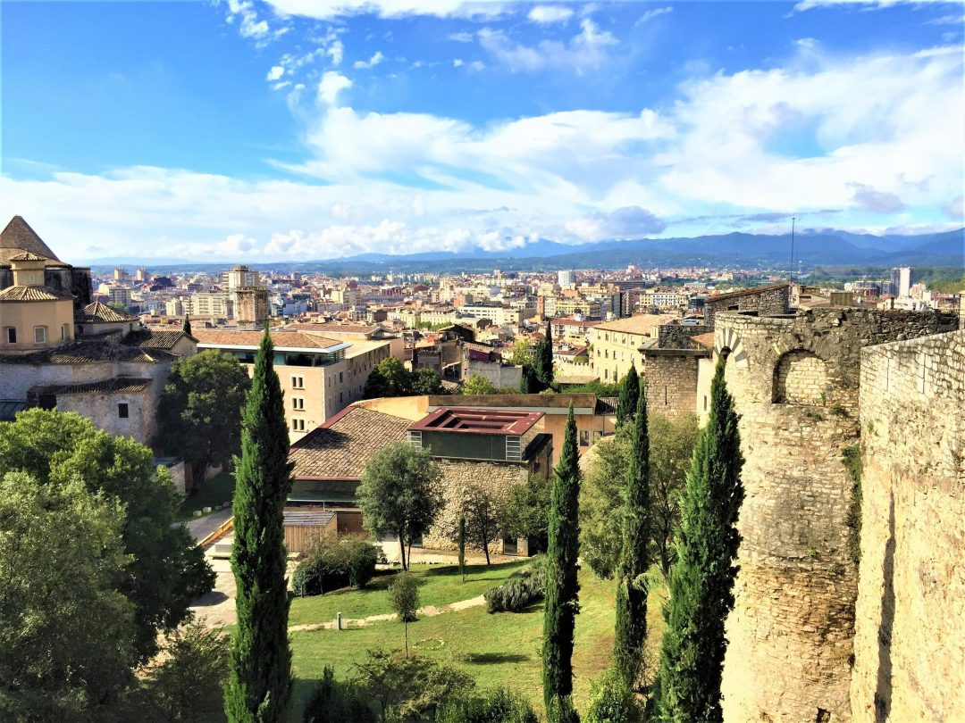 day trips from barcelona - girona old city