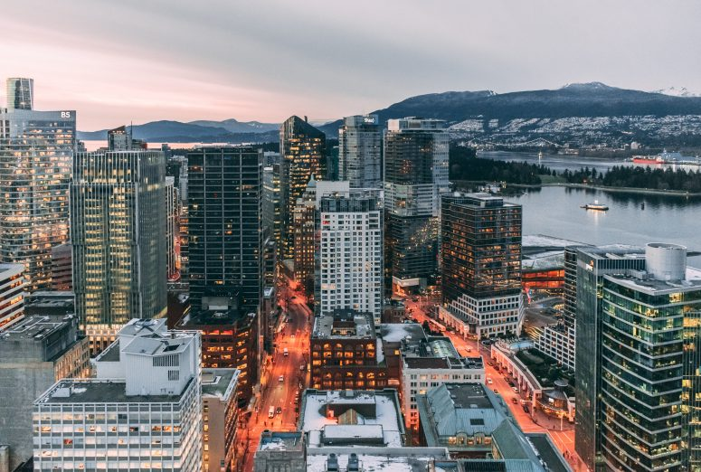 where to stay in vancouver - neighborhood guide