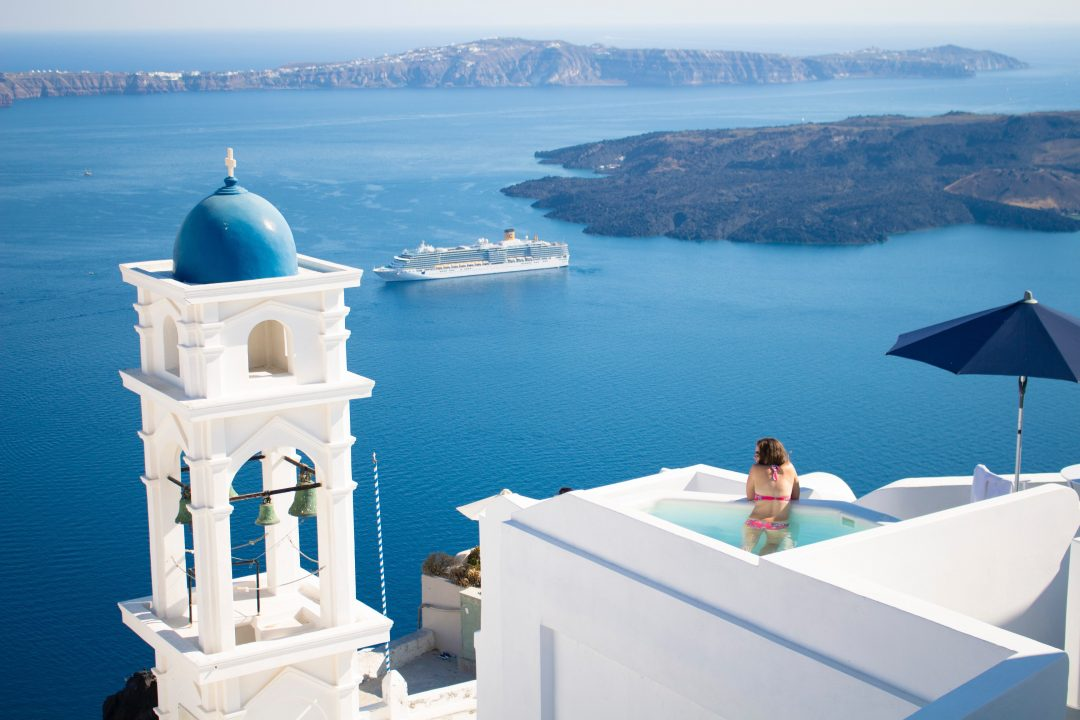 best-hotel-in-santorini-greece-imerovigli