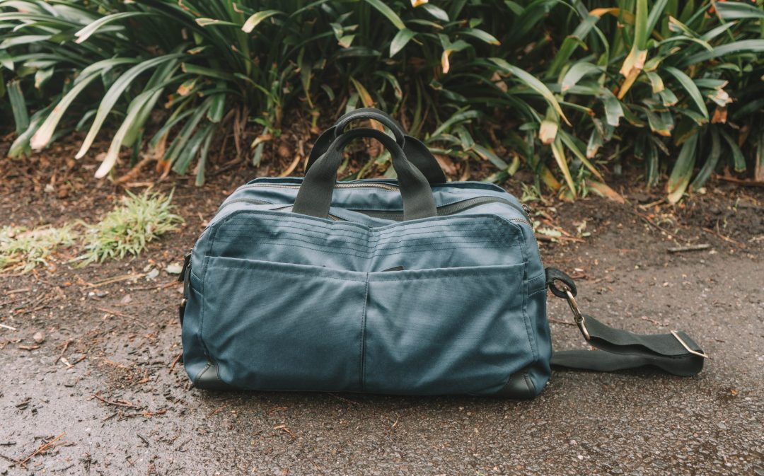 Pakt One - duffle bag carry on