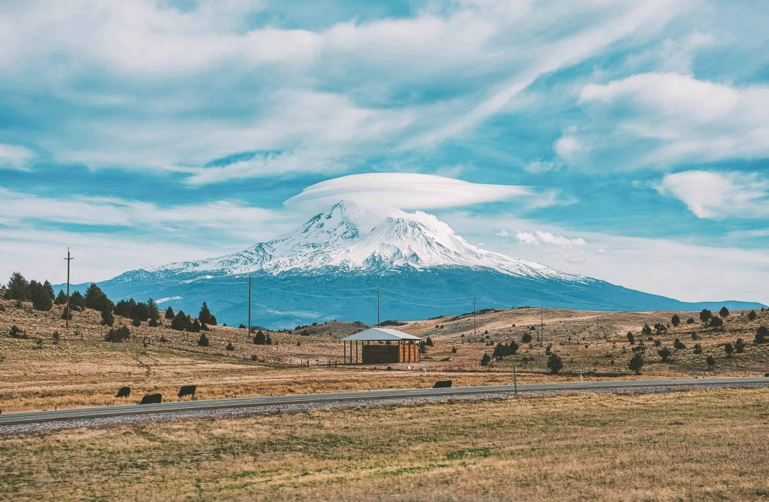 unique bay area getaways - mount shasta