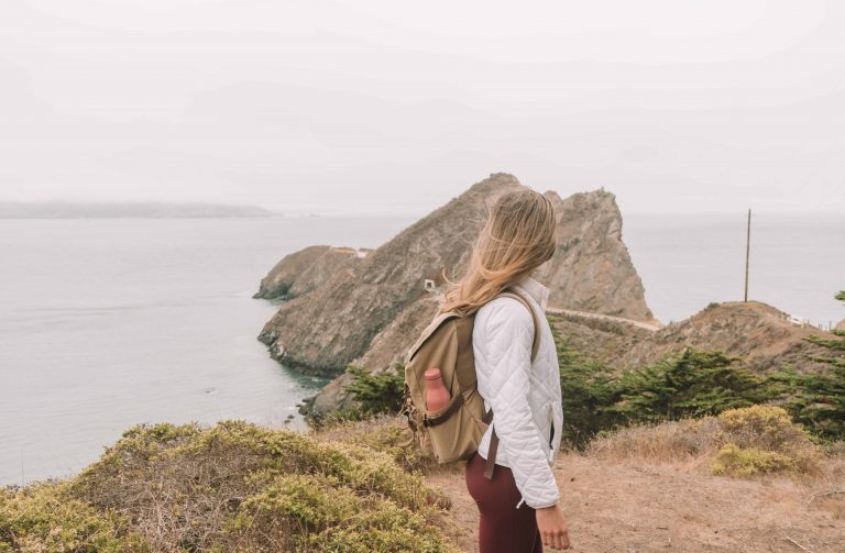 outdoor date ideas in the bay area - hiking to a picnic at the beach