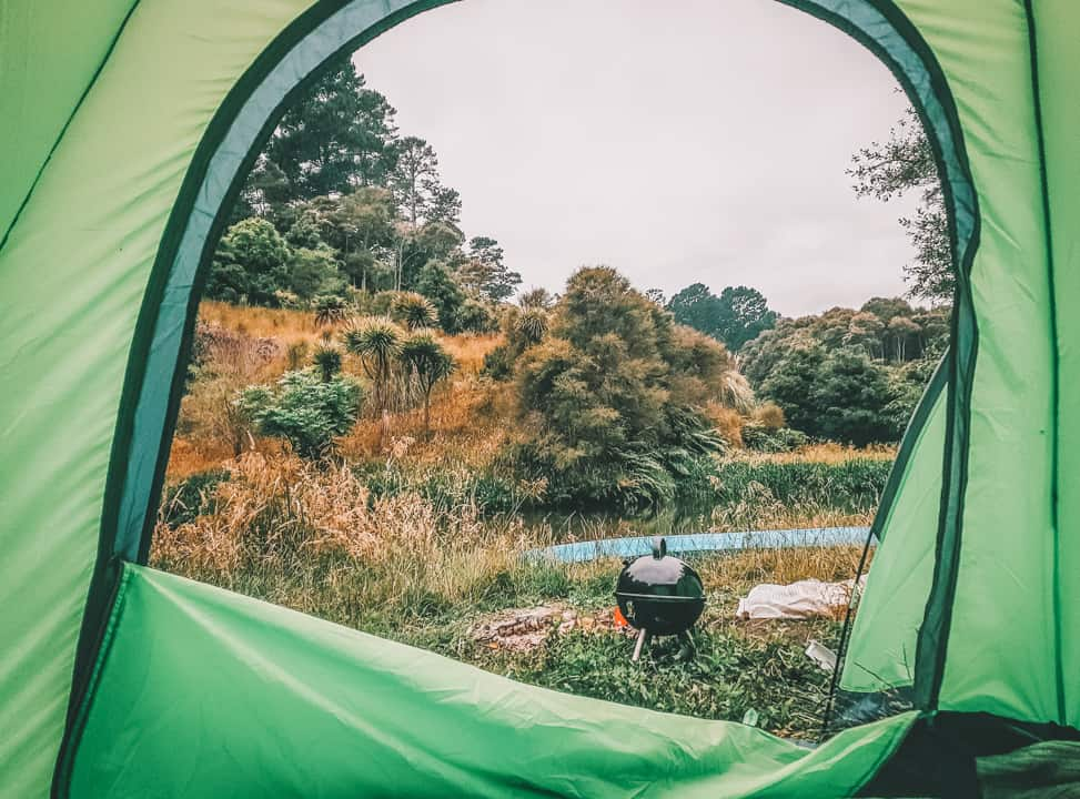 what to look for in a pop up tent