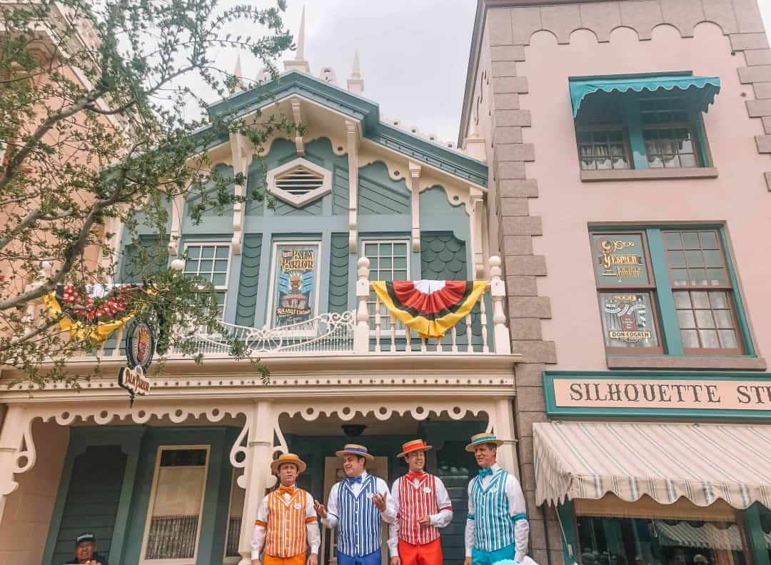 Visit Disneyland Park