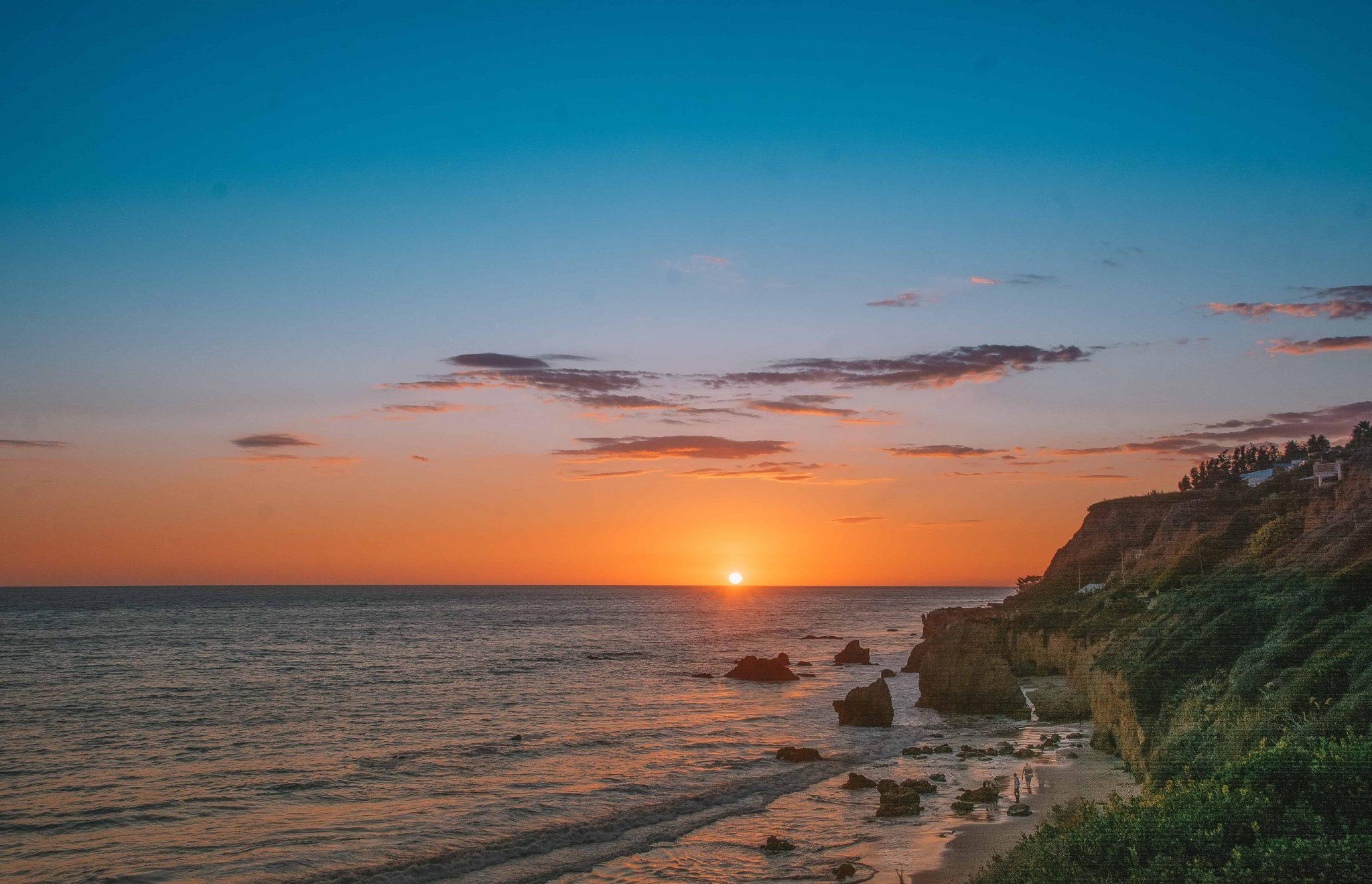 el matador beach - best place to watch the sunset in malibu
