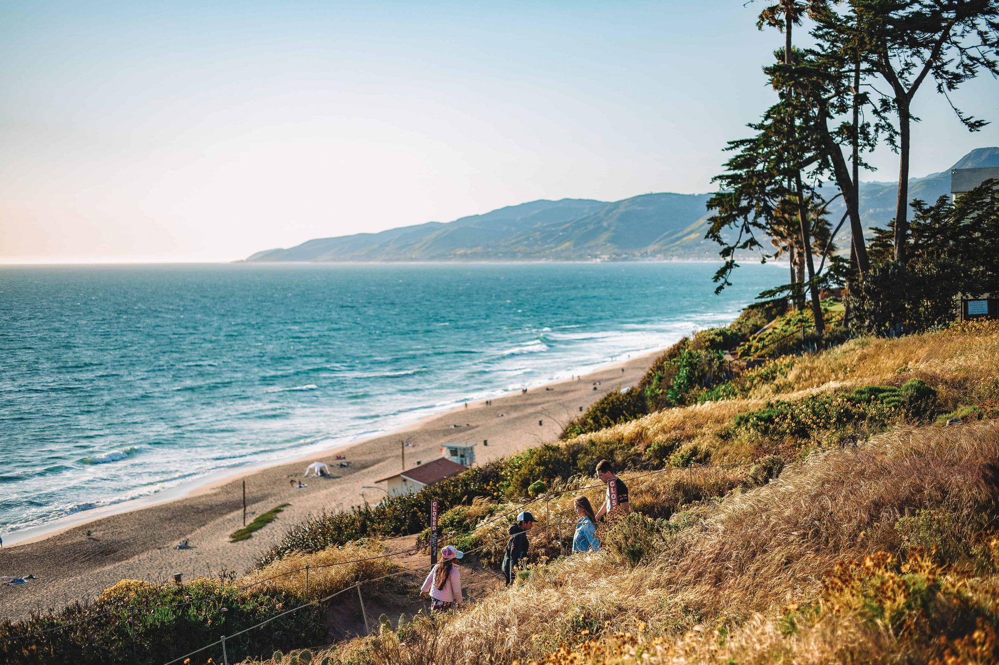 point dume state beach - cliffside beach in malibu