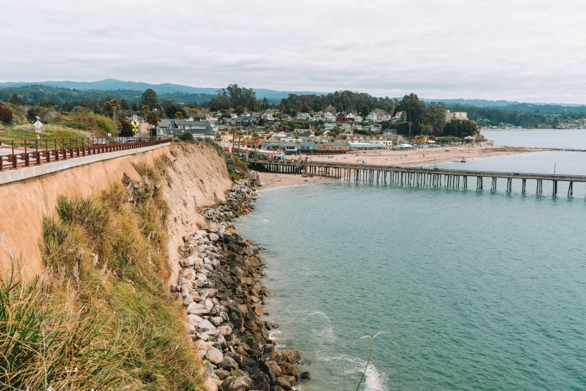 travel tips for visiting santa cruz - East Cliff Drive, Capitola