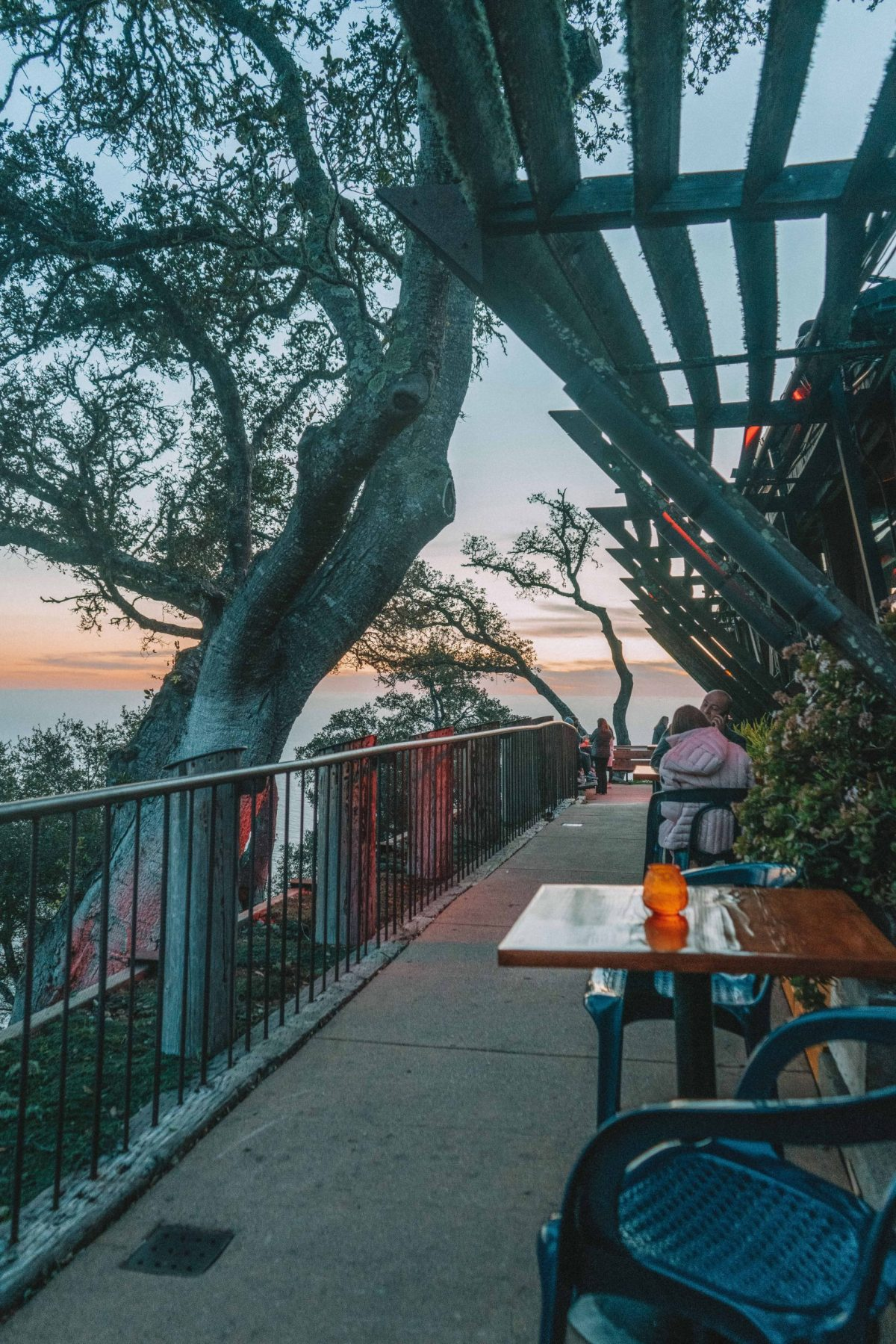best places to eat on the pacific coast highway