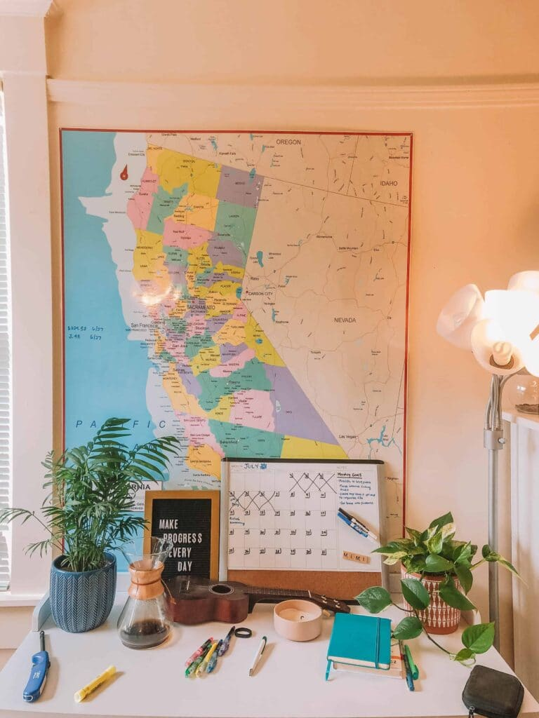 California travel blog income