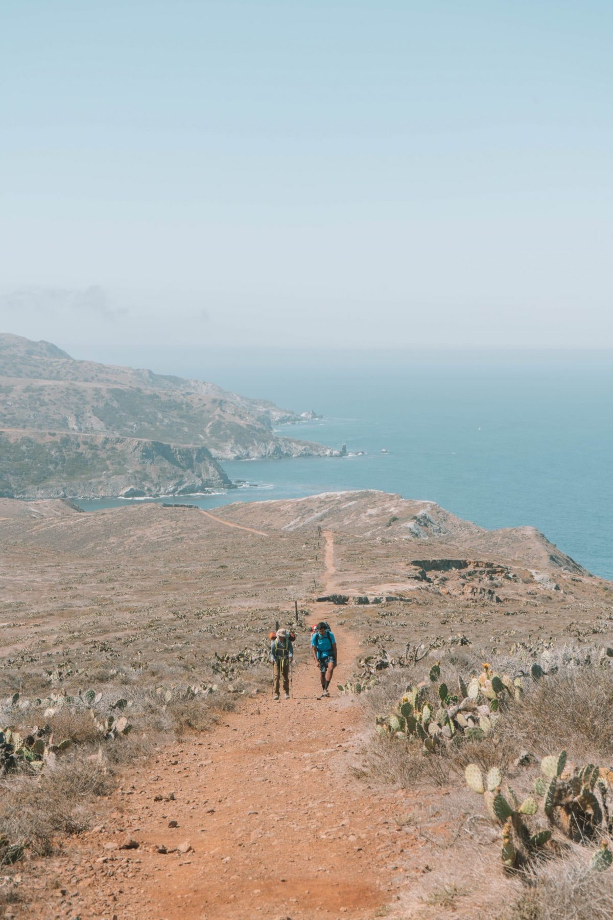 hiking the trans-catalina trail in southern california