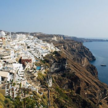 where-to-stay-in-santorini-greece